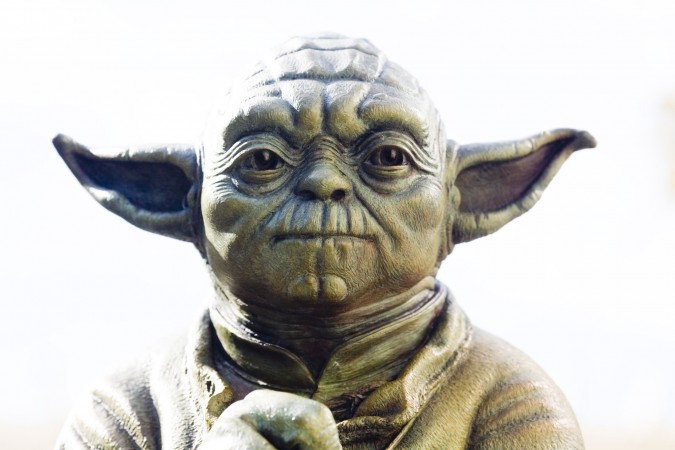 Yoda is now controlling your Siri. Write the conversation.