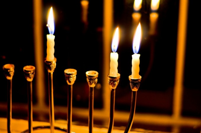 What are the five coolest traditions related to Hanukah?