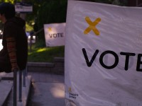 Voting_day_in_Ontario_2011