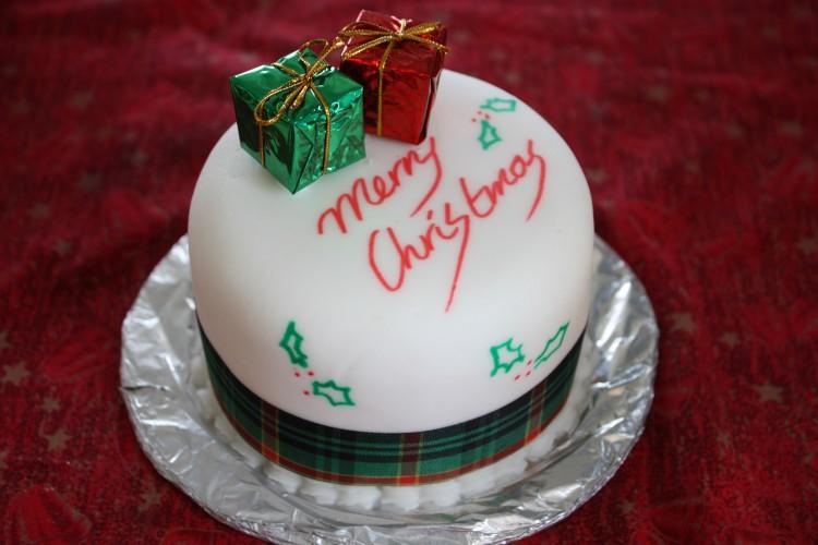 Christmas_cake,_Boxing_Day_2008
