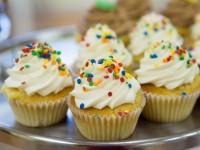 cupcakes-2250367_1920