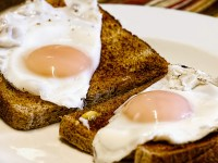 1506439528_5486244_by_nikki@ionicm.com_fried-eggs-456351_1920
