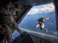 1510595942_1797341_by_hans3595_parachute-1416417_1280