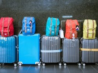 1513001749_7536817_by_hans3595_luggage-933487_1280