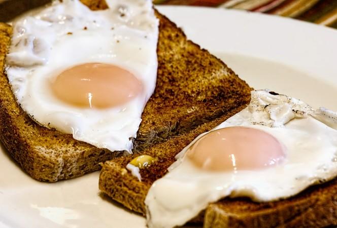 1524496222_5486244_by_nikki@ionicm.com_fried-eggs-456351_1920