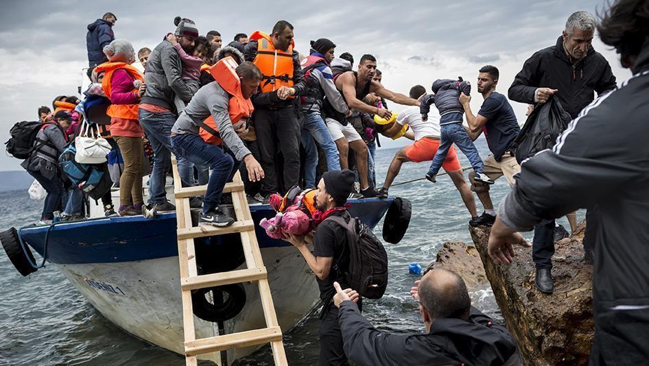 15452398769718987_by_davidpjburns@gmail.com_2015-eca-eu-refugees-opening-2