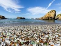 bigs-Glass-Beach-Fort-Bragg-California-sunny-day-shot-wide-angle-161020889-Large-1000x623