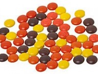 161479917110232548_by_jbeckman_240px-Reeses-pieces-loose